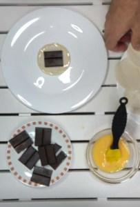 BOCADITOS DE HOJALDRE RELLENO DE CHOCOLATE