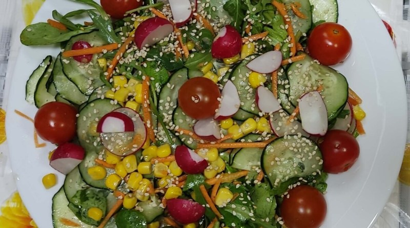 ensalada de rabanos o rabanitos completa