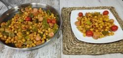 Garbanzos salteados con verduras, beicon y salchichas