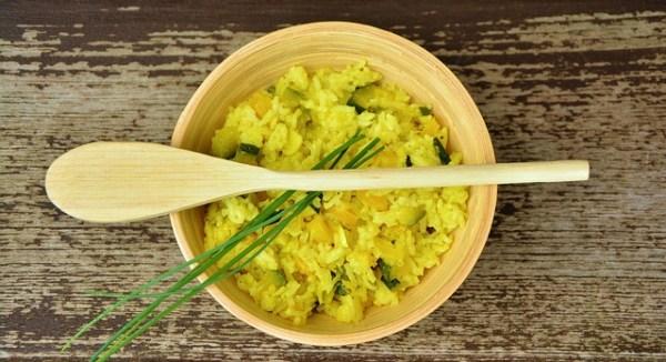 Albóndigas de lentejas con arroz masala