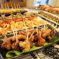 Pollo frito con sabor de kimuchi en la fiesta de Pintxos