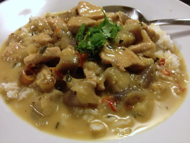 Curry de lomo de cerdo con berenjenas