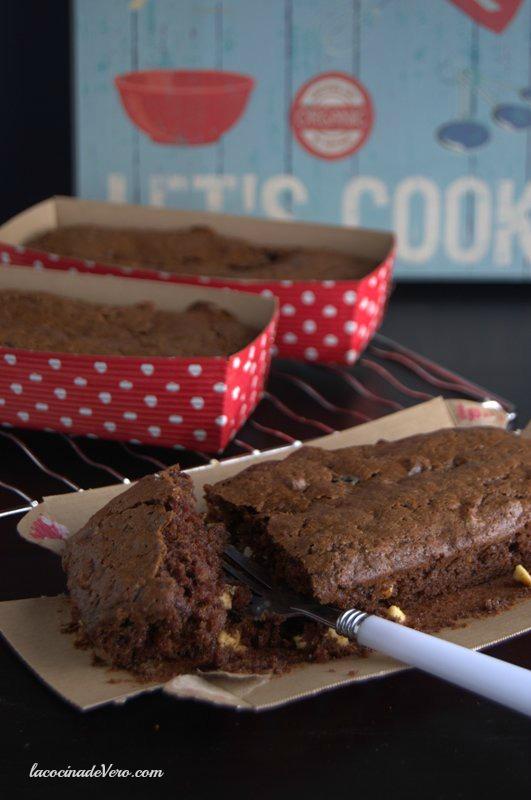 Pound cake de chocolate vertical