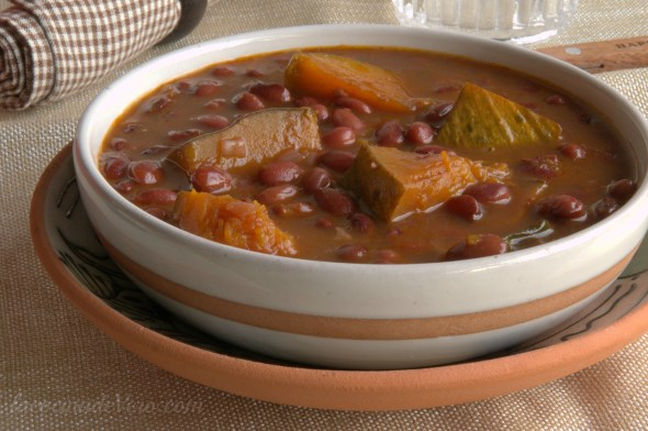 potaje-de-frijoles-colorados