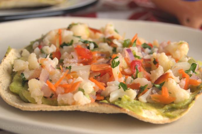 Ceviche de coliflor estilo peruano