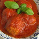 Albóndigas de pavo a la parmesana con salsa vodka