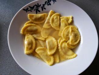 pasta-rellena-en-caldo