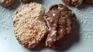 galletas-de-coco-con-chocolate