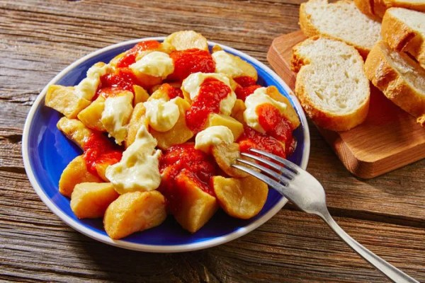 Patatas Fritas Bravas - La Cocina Latina