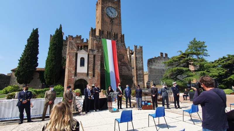 """Villafranca di Verona – Premiazioni concorso """"Segni parole e immagini per la legalità"""""""