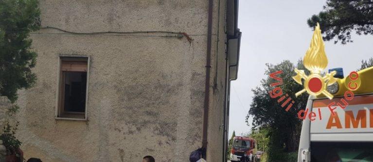Calabria, 4 morti a Paola per esalazioni tossiche da una vasca di mosto
