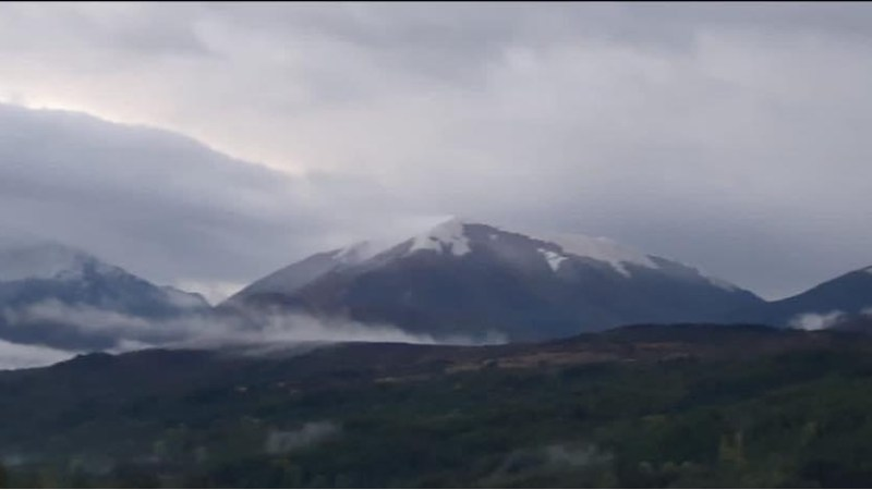 11 ottobre, prima neve in Calabria. Imbiancato il Pollino