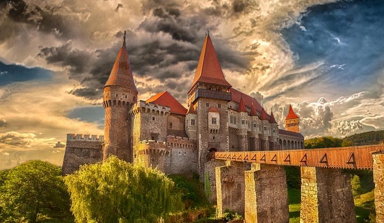 Castelul Huniazilor 1 of 1