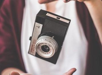 Stam acasa si fotografiem!