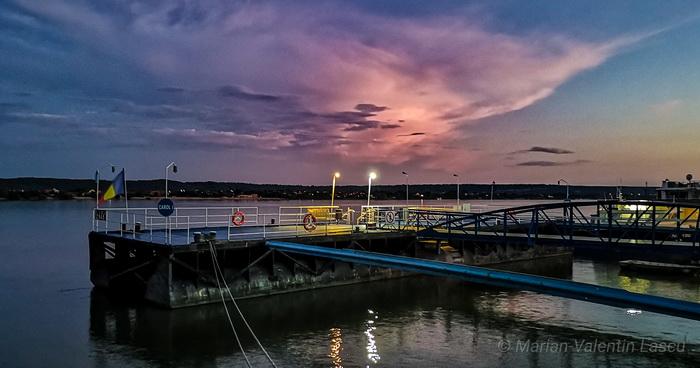 Ora Albastră în Portul Drobeta MarianValentin Lascu resize
