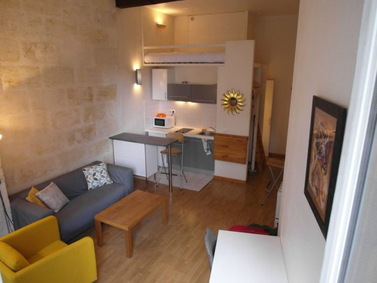 Studio propre et charmant avec balcon Gare St Jean – Bordeaux