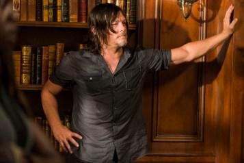 Norman Reedus as Daryl Dixon- The Walking Dead _ Season 7, Episode 9 - Photo Credit: Gene Page/AMC