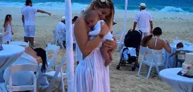 María José López se suma a la controversia y comparte particular fotografía con su bebé