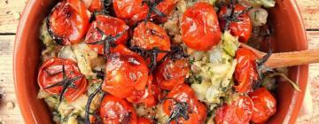 Sałatka z młodych ziemniaków, ze szparagami z dodatkiem zielonej soczewicy