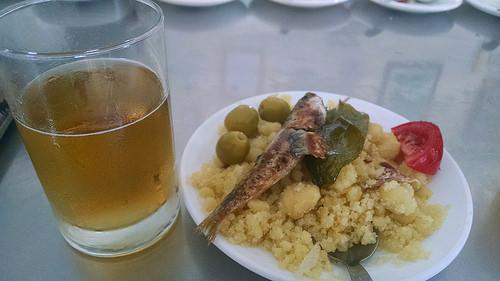 Cerveza y migas, bar Almadraba