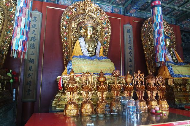 Jiètái Lóu, el gran buda de Beijing