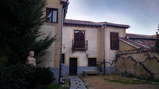 Casa - Museo de Antonio Machado. Leyendas de Segovia