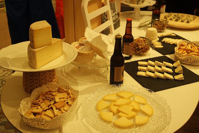 Cata de quesos y cerveza en la Gijonesa