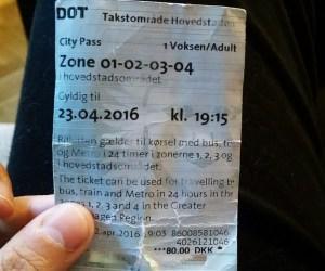 Ticket de metro y bus