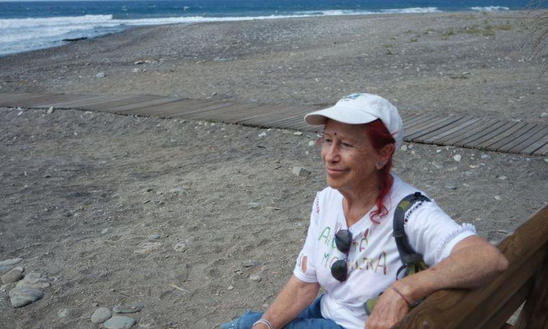 Kandy, la abuelita mochilera
