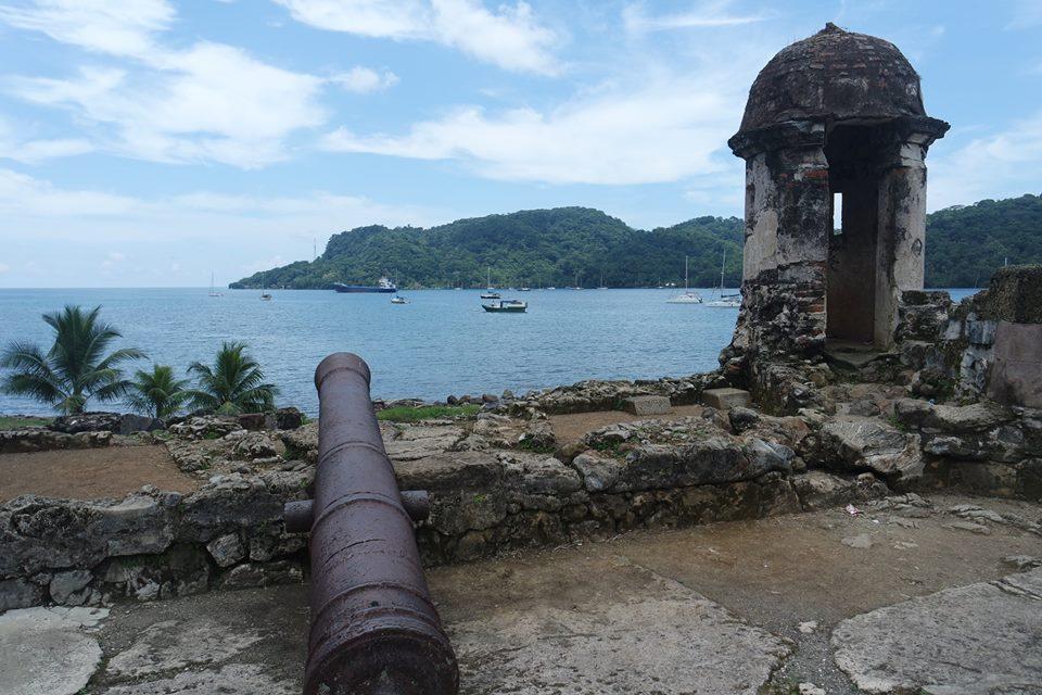 Fuertes españoles en Portobelo, Costa Rica o Panamá