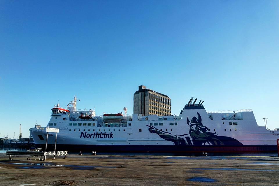 Ferry de Aberdeen a Lerwick