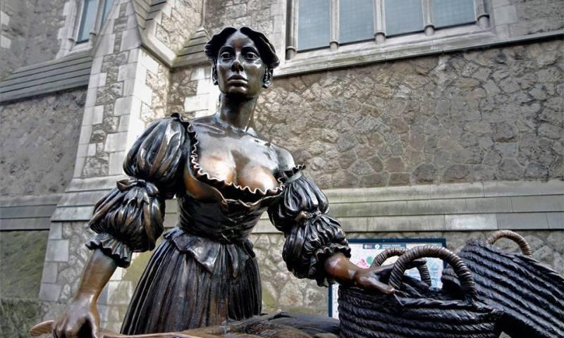 Estatuas de Dublín, Molly Malone
