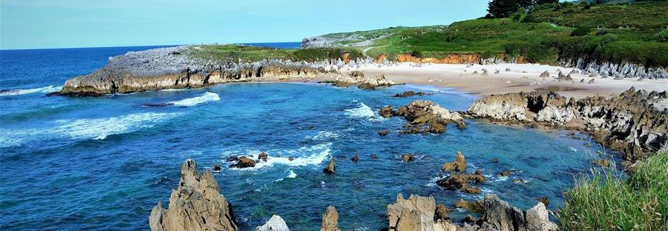 Playa de Toró, qué ver en Llanes