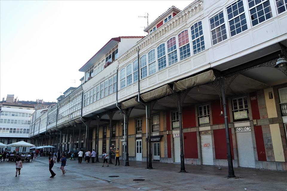 Avilés, plaza del Mercado