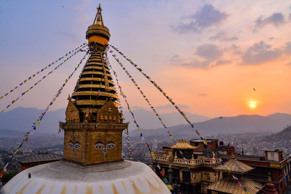 Estupa, Preparativos para viajar a Nepal