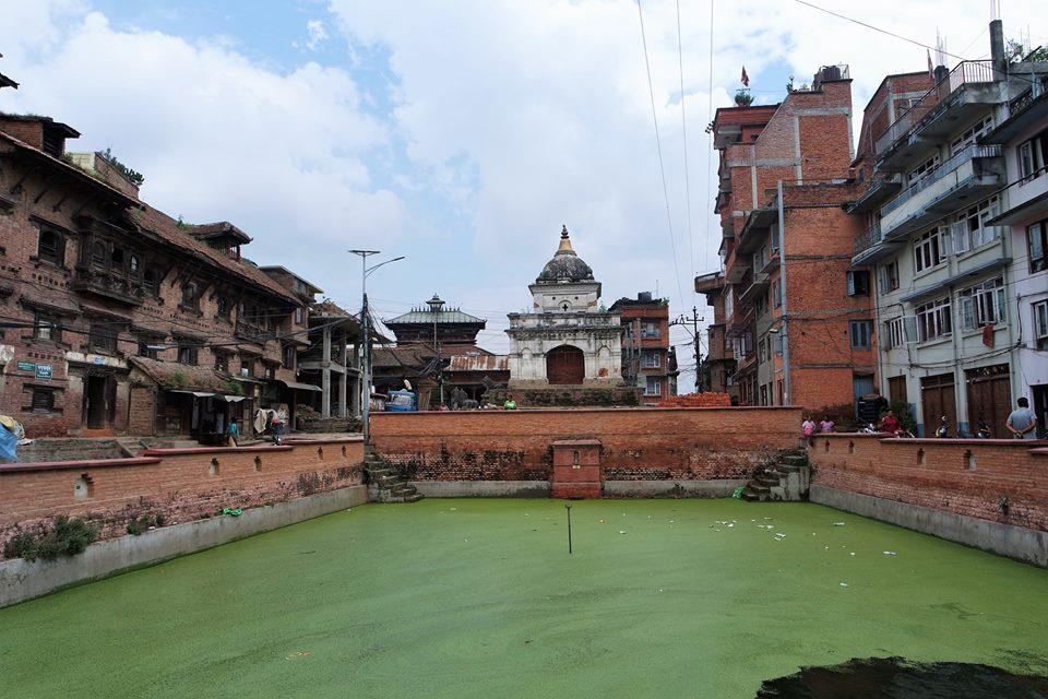 Estanque de la plaza Mayor de Kirtipur
