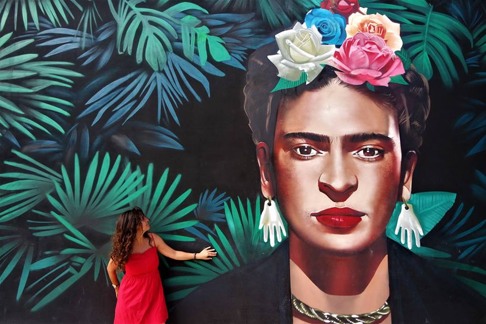 Mural de Frida Kahlo en Playa del Carmen