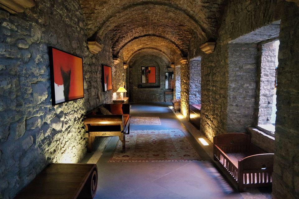 Pasillos del monasterio de Boltaña