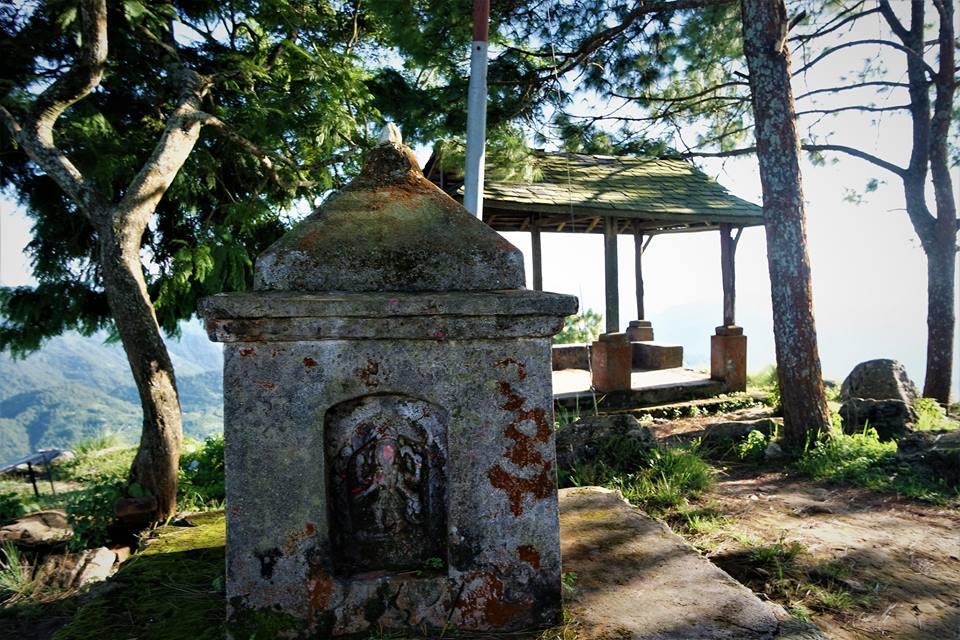 Templo de la colina de Gurungche