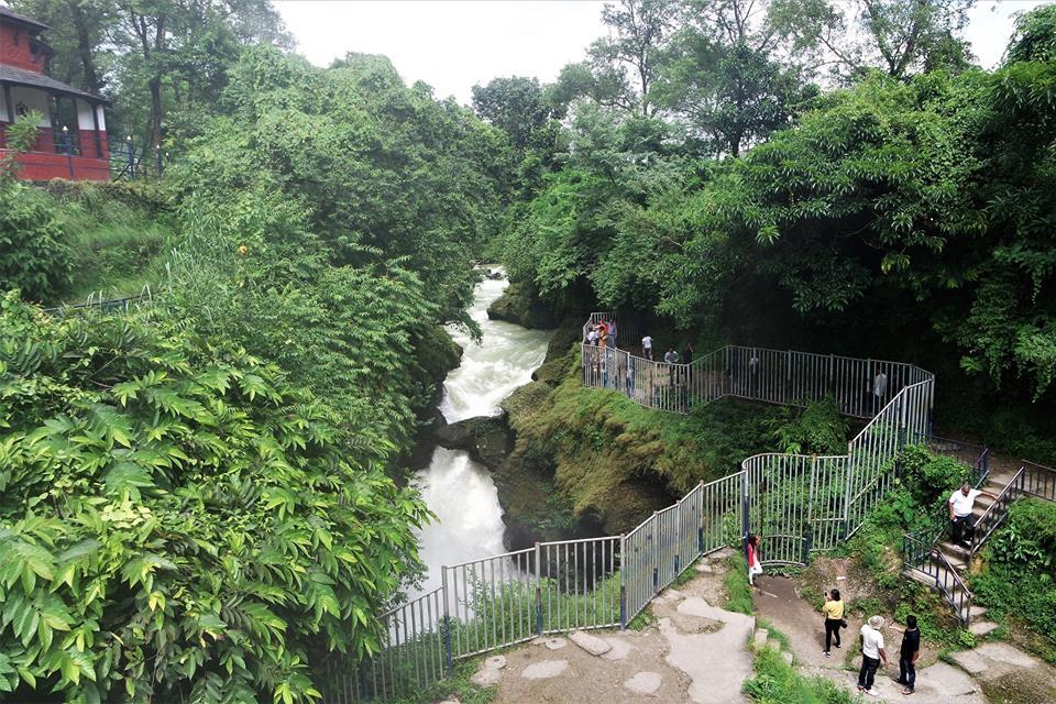 Cascada de Devi