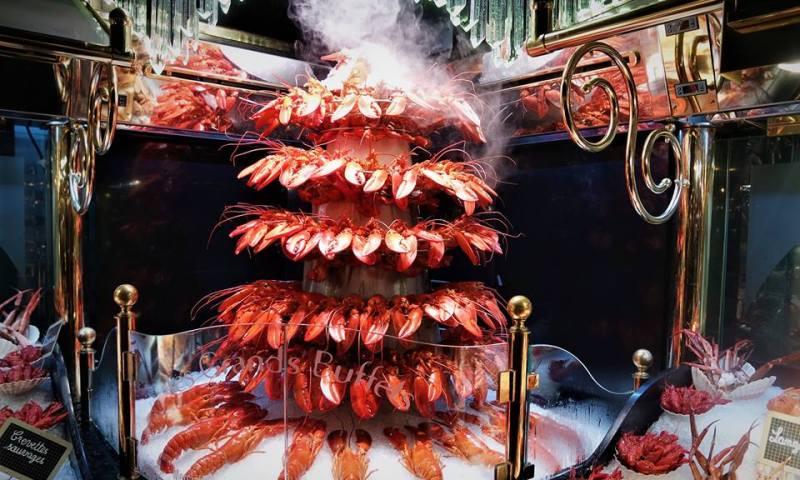 Fuente de langostas, Les Grand Buffets de Narbona