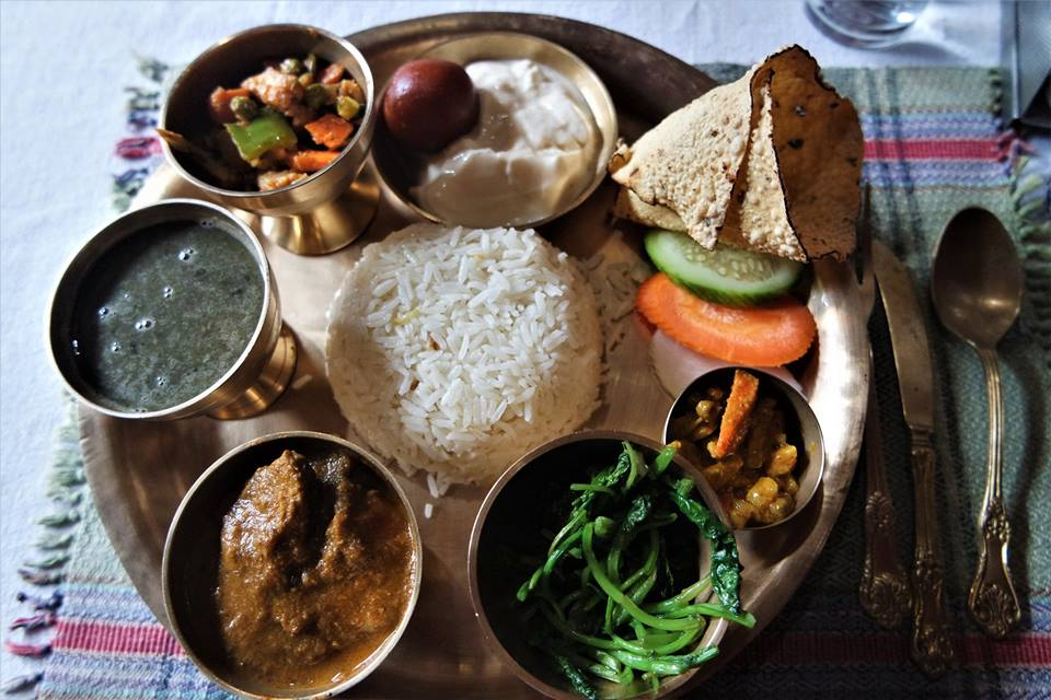 Dal Bhat, típico plato en Nepal