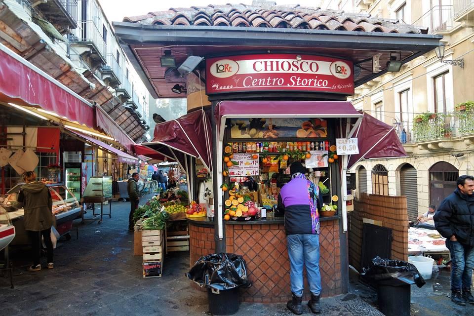 Quiosco, mercado de Catania