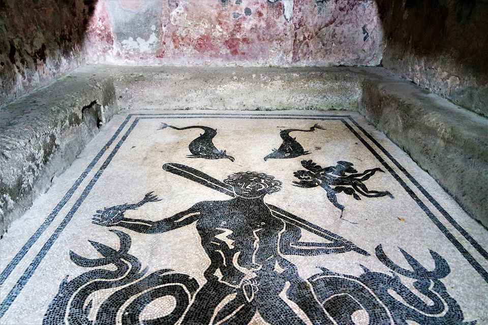 Mosaico de Hércules, Termas masculinas, Herculano