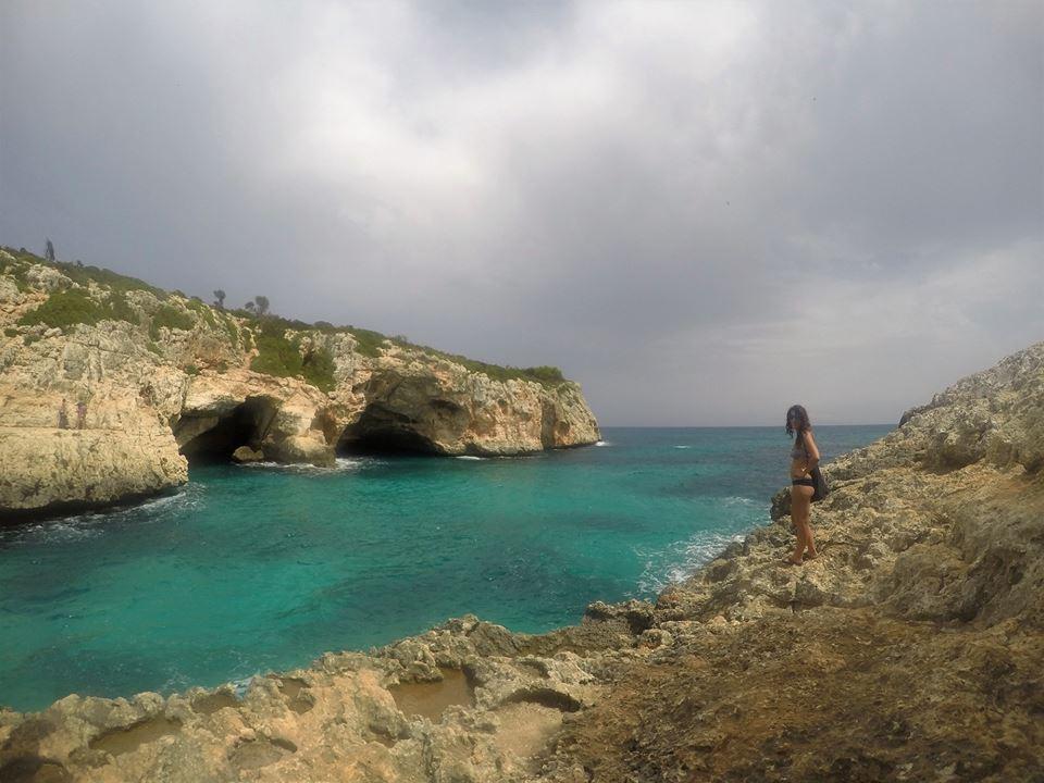 Cuevas de Cala Varqués