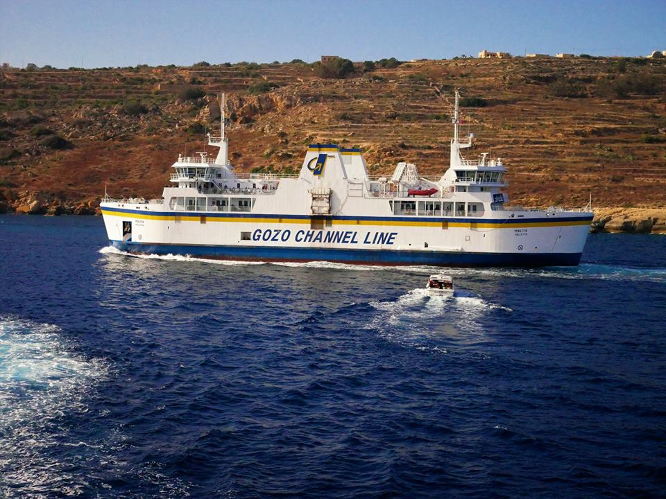 Ferry a Gozo