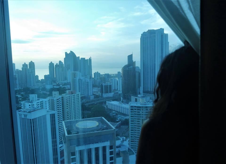 Vistas de Panamá City desde la suite del RIU, dónde alojarse en Panamá