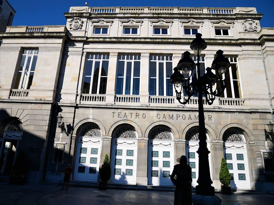 Fachada del teatro Campoamor, Oviedo