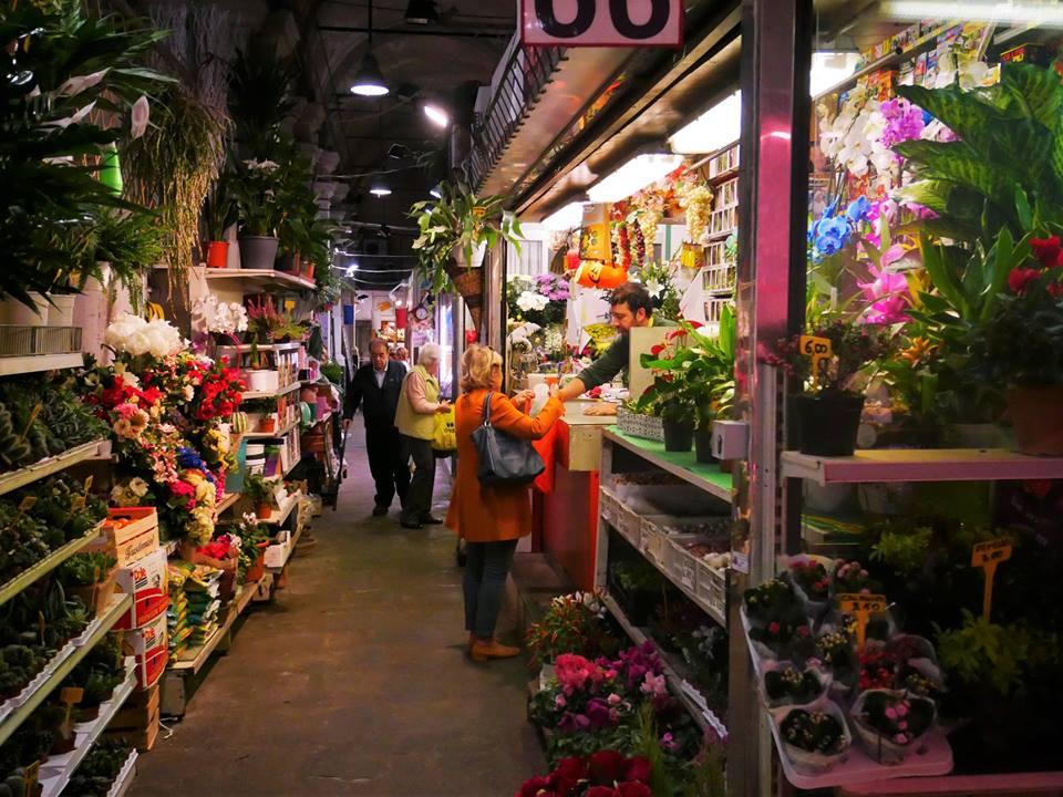 Puestos de flores, mercado Oriental de Génova