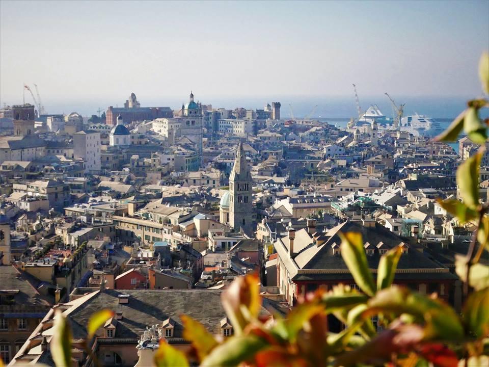 Vistas de Génova desde Spinata Castelleto